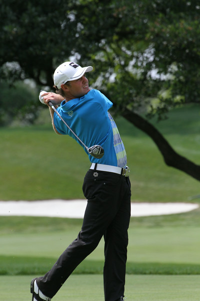 Joshua Munn of New Zealand hits a shot from the fairway during the 2014 Western Amateur Championship.