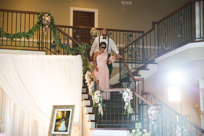 0850_Josh+Lindsey_Wedding.jpg