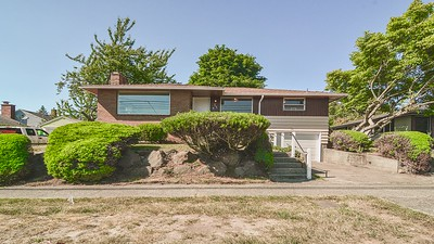 3847 SW Rose St/Movie Tour Only