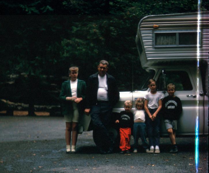 0335 - The family (8-66).jpg