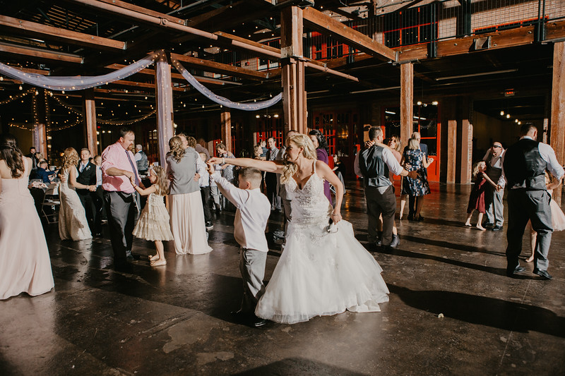 Lacy and Craig-9239.jpg