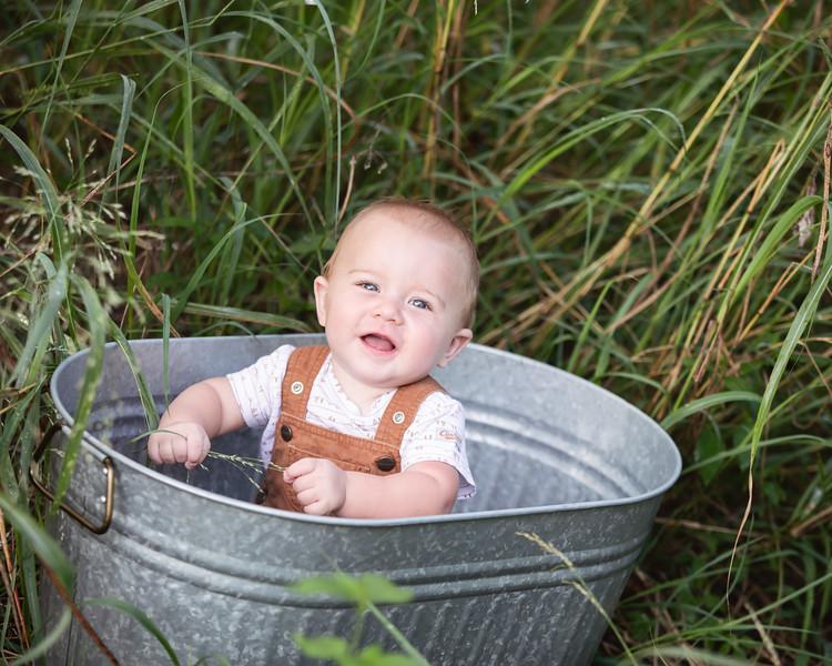 Carter 7 months 018.jpg