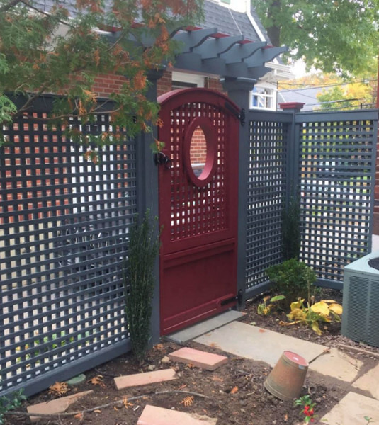 177 - 548634 - White Plains NY - Lattice with Custom Gate