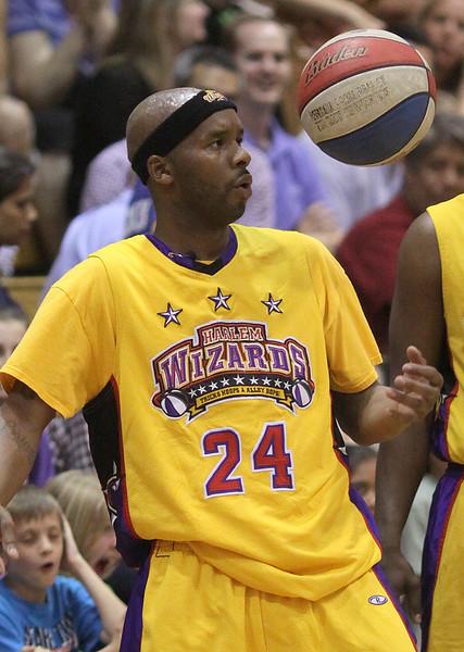 Harlem Wizards Allendale (55).JPG