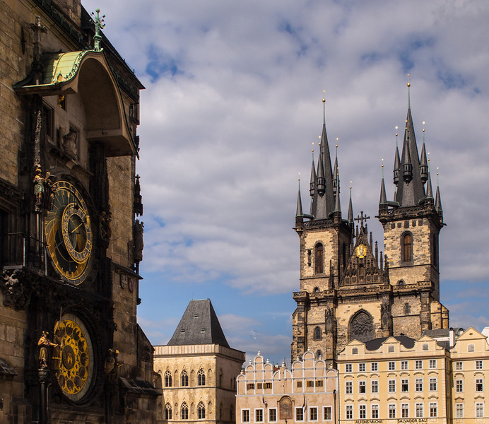 Imitating a painting - Astronomical clock and Tyn church, Prague