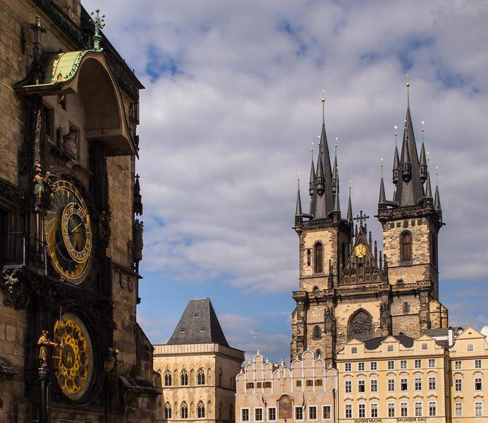 Imitating a painting - Astronomical clock and Tyn church, Prague