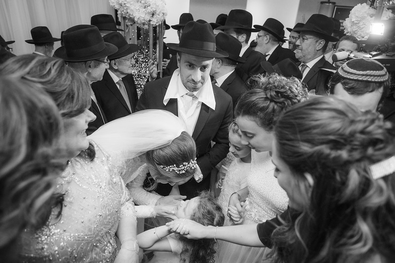 Miri_Chayim_Wedding_BW-611.jpg