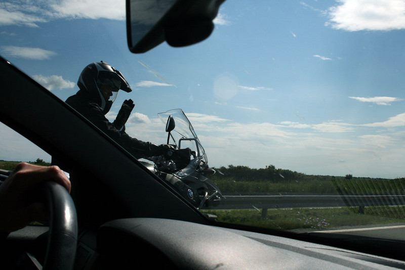 Photo by Slobodan Peladic of a friend on his 2008 BMW R1200GS Adventure in Serbia, Belgrade this year (2008.06.16).