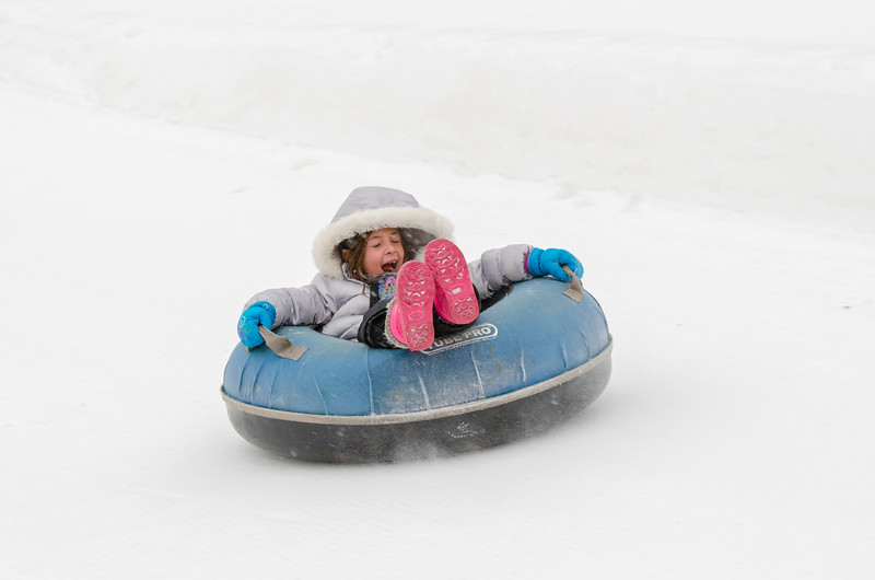 Opening-Day-Tubing-2014_Snow-Trails-71041.jpg