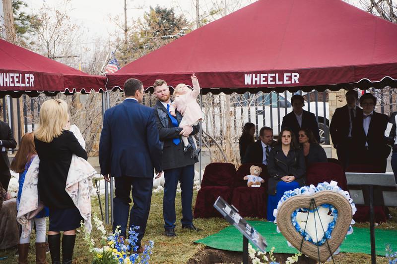 baby dew funeral-135.jpg