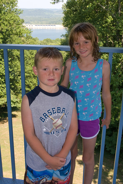 Christopher and Sydney enjoying the view from the observation tower at the beautiful Edgar Evins State Park, which is located about an hour east of Nashville, Tennessee. (Image taken with Canon EOS 20D at ISO 200, f6.3, 1/250 sec and 23mm)