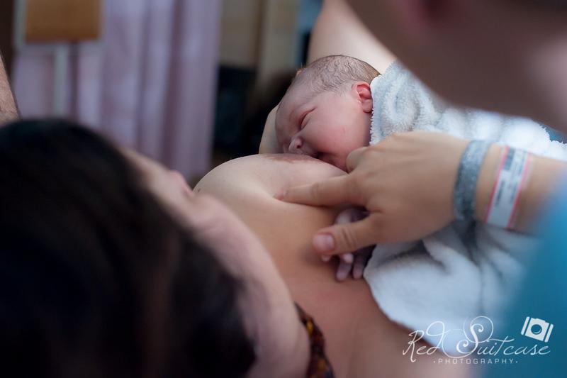 Alana, Blair and baby Logan BIRTH-200.jpg