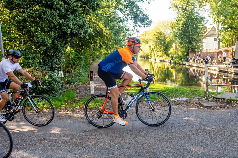 Barnes Roffe-Njinga cycling720_7985.jpg