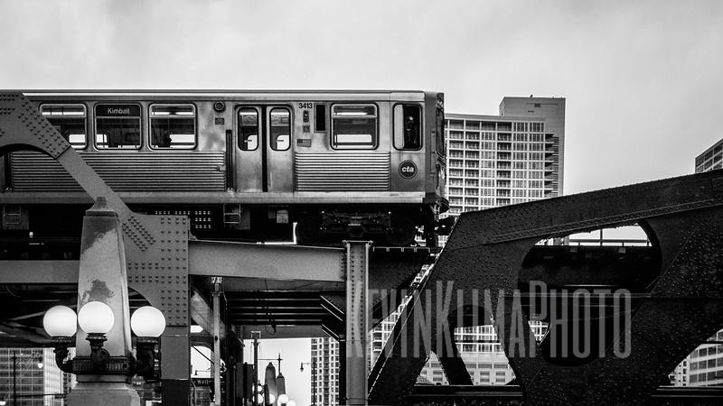 Wells St. Brown Line Train