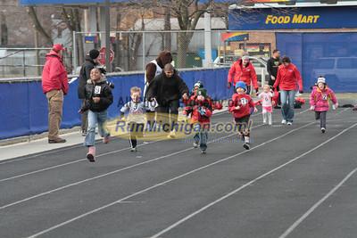 100 Meters Kids - 2013 Oakland vs Detroit Track Meet