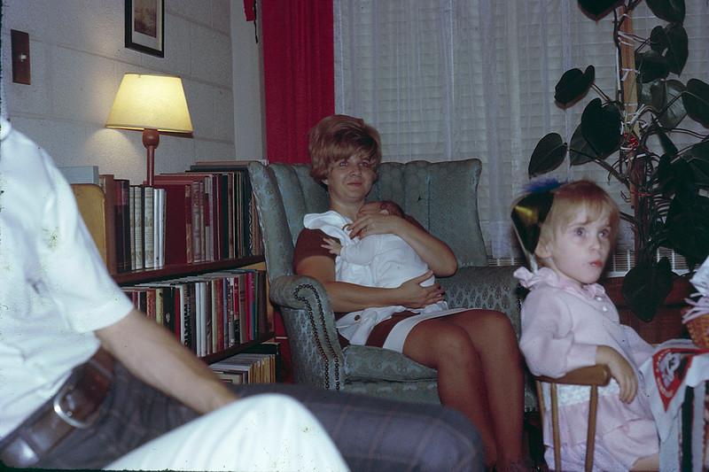 1970 09 Carole Craig and Heather.jpg