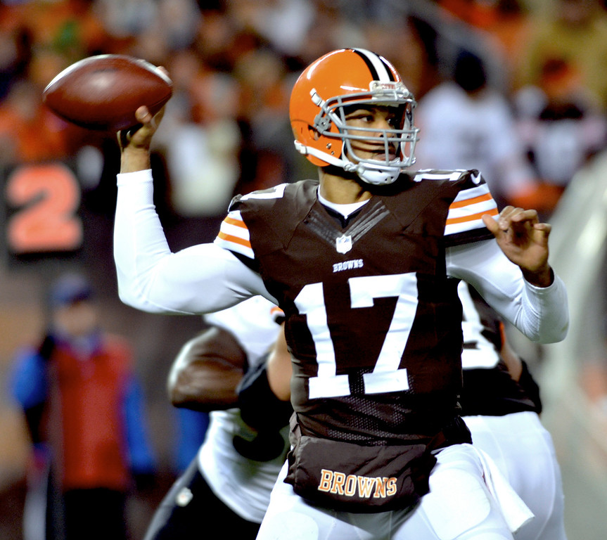 . News-Herald file Browns quarterback Jason Campbell loos to pass during the first half Sunday at FirstEnergy Stadium.