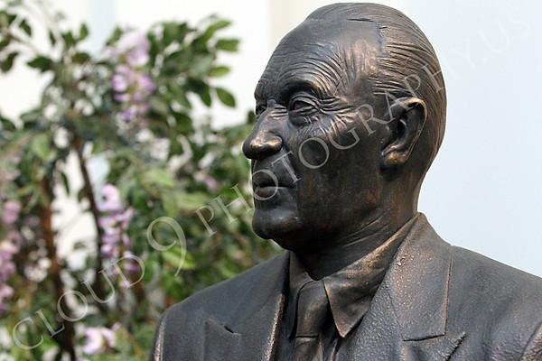 Konrad Adenauer Statuary Pictures