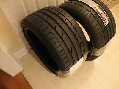Potenza S-04 rear tires
