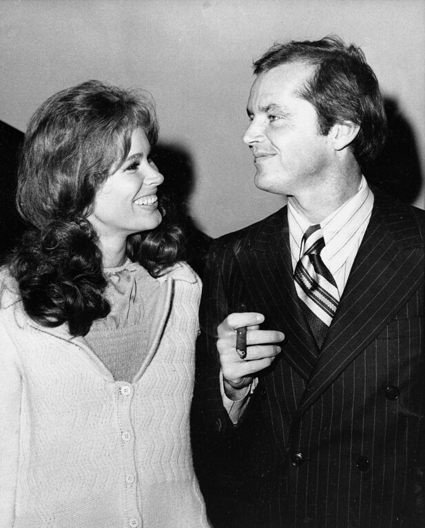 """. FILE - In this Sept. 11, 1970 file photo, Jack Nicholson, right, and co-star Karen Black appear together at New York\'s Philharmonic Hall to attend the premiere of their new film \""""Five Easy Pieces.\"""" Black�s husband, Stephen Eckelberry, says the actress died Wednesday, Aug. 7, 2013, after battling cancer. She was 74.  (AP Photo, File)"""