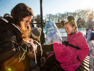 Childrens Nutcracker on Ice - Sculpture Garden Skating School (2013)