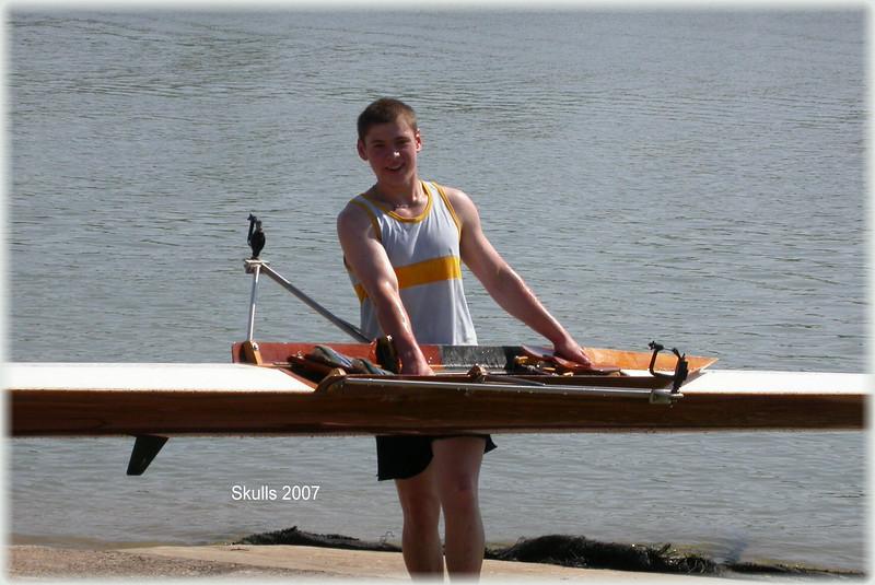 00007d.Tyson rowing 07.JPG
