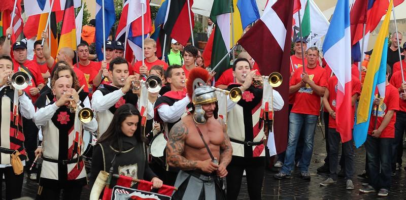 Roman-parade1.jpg