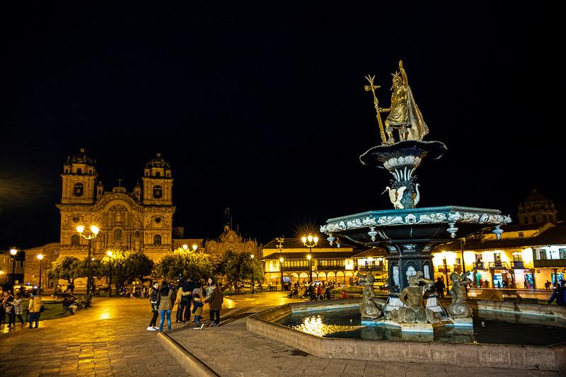 Templo de las Compania de Jesus w statue of Pachacuti Cusco.jpg