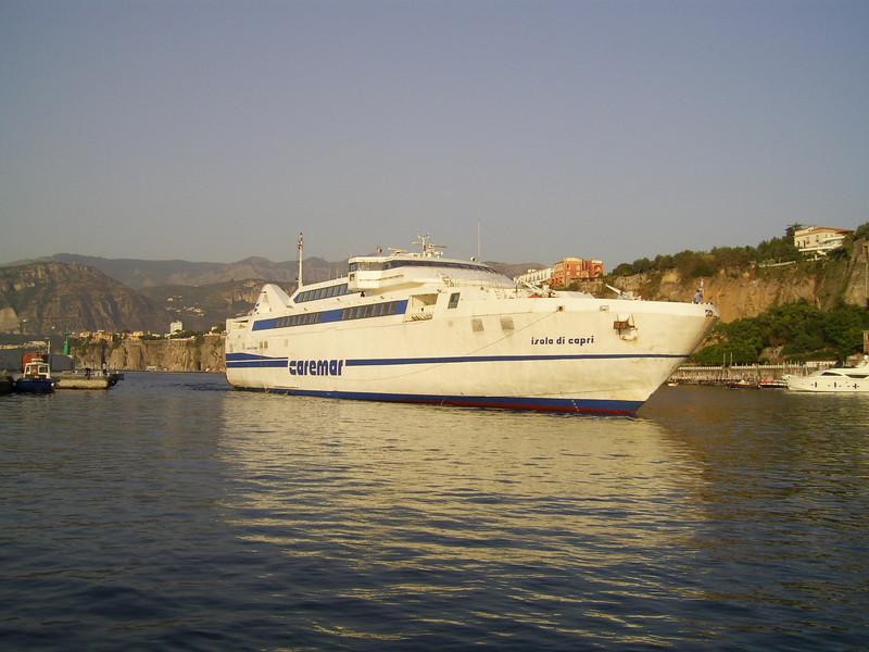 2007 - HSC ISOLA DI CAPRI arriving to Sorrento.