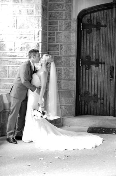 Bride and Groom_35 BW.jpg