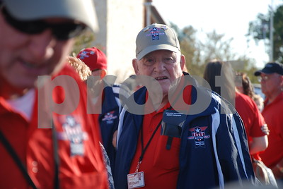 10/30/14 Brookshire's Hosts 9th Annual Honors Flight for WWII Veterans - Return by Jan Barton