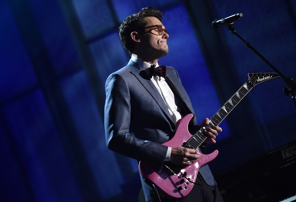 . John Mayer performs at the 57th annual Grammy Awards on Sunday, Feb. 8, 2015, in Los Angeles. (Photo by John Shearer/Invision/AP)