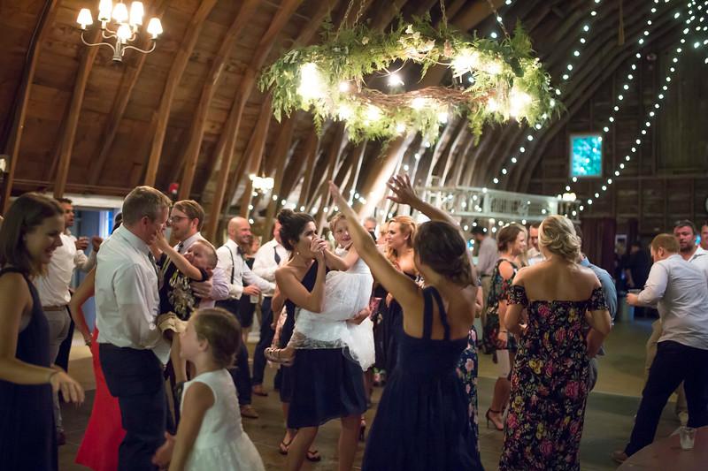 Garrett & Lisa Wedding (773).jpg