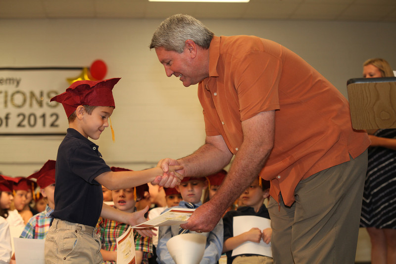 2012May18_MTA Kinder Grad_9745.JPG