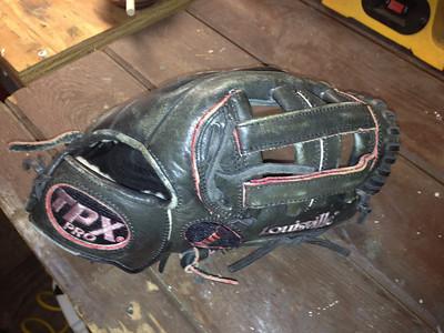Baseball Glove Repair, Lace, Dye