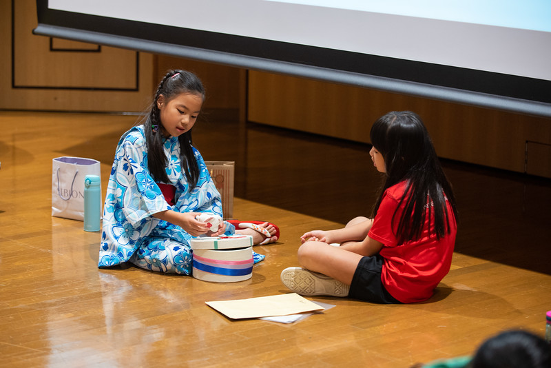 Grade 2-Cross-Cultural Lunch-ELP_2488-2018-19.jpg