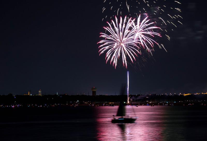 Firework 32-1.jpg