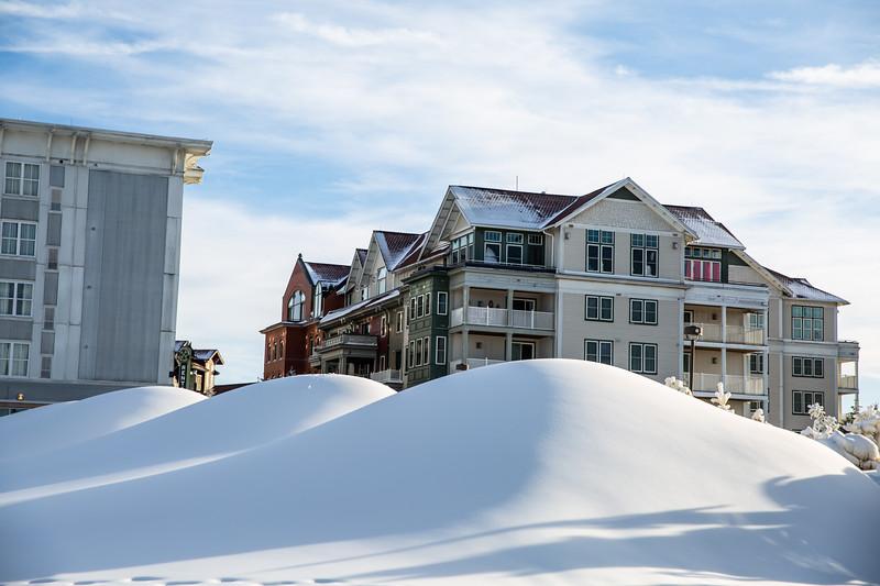 Snowmaking 1920-3382.jpg