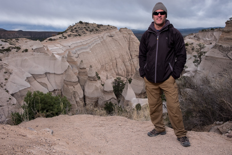 Tent rock hike portraits-14.jpg