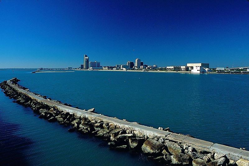 Corpus Christi bay.jpg