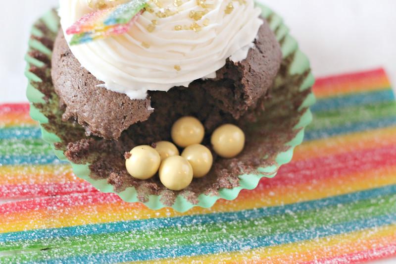 Set 4 Close Up Gold Cupcake.jpg