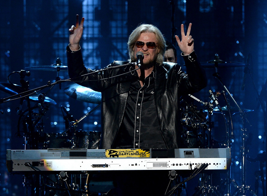 . Inductee Daryl Hall of Hall and Oates performs onstage at the 29th Annual Rock And Roll Hall Of Fame Induction Ceremony at Barclays Center of Brooklyn on April 10, 2014 in New York City.  (Photo by Larry Busacca/Getty Images)