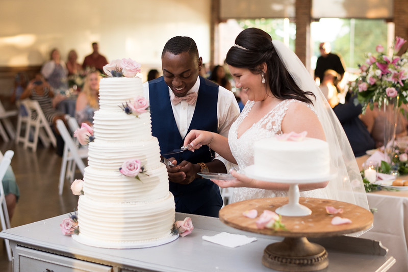 reception-cake-cutting.jpg