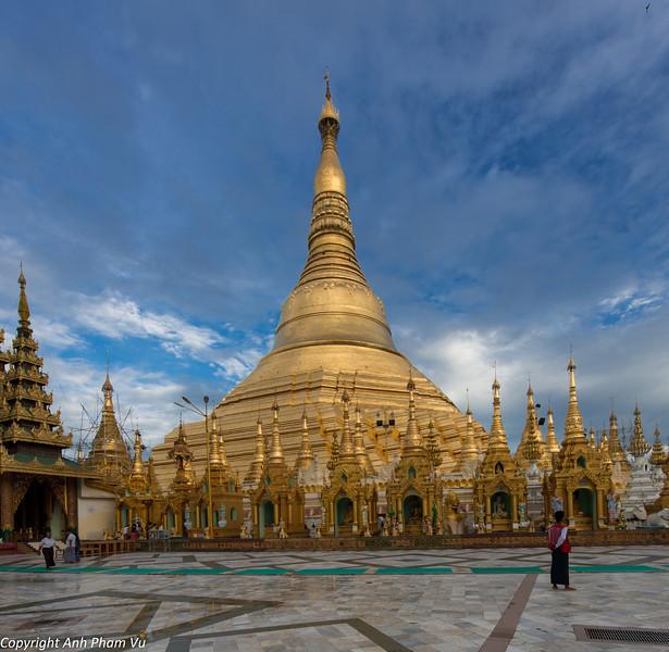 Yangon August 2012 350.jpg