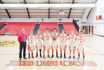 2017-2018 Boys Basketball Team