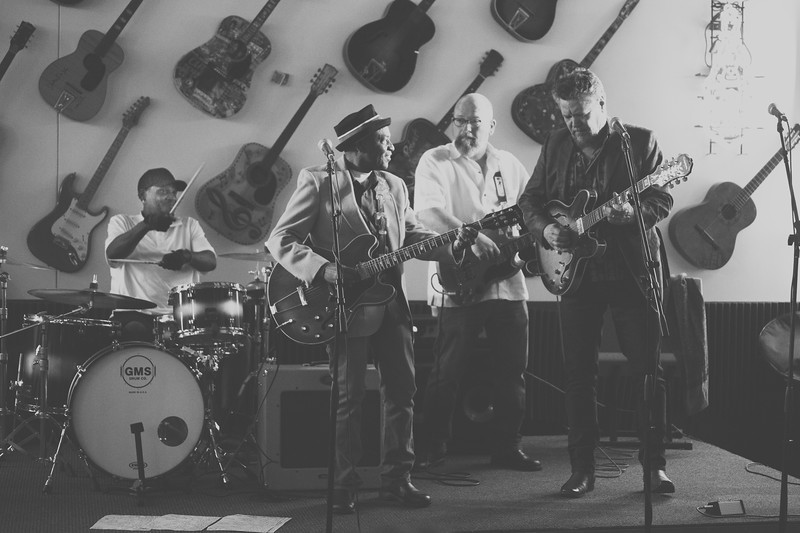 Bnois King Blues Band at Babb Brothers BBQ and Blues - 2/27/16
