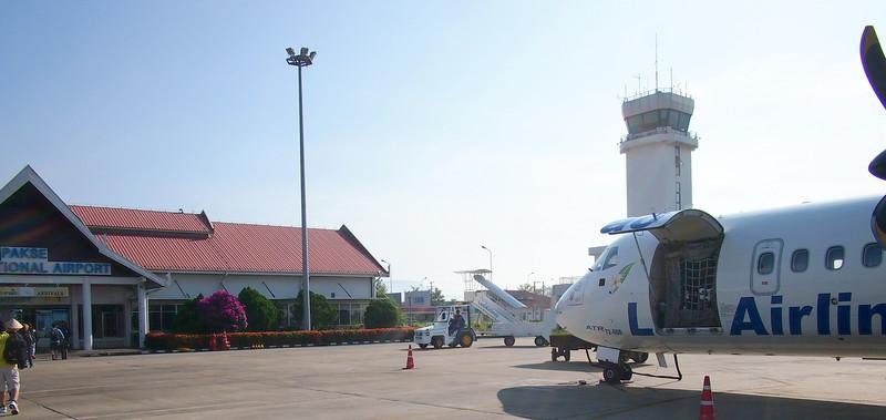 PC109320-tarmac-deplane-pakse-airport.JPG