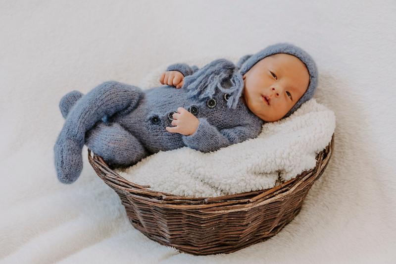 newborn-harrison_11.jpg