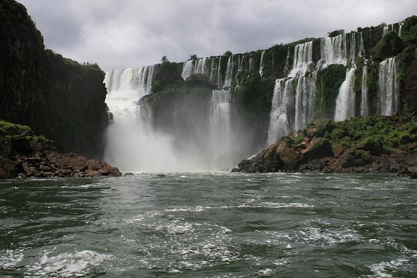 V 12-07 - Iguazu, Argentina - Iguazu Falls, Rafting