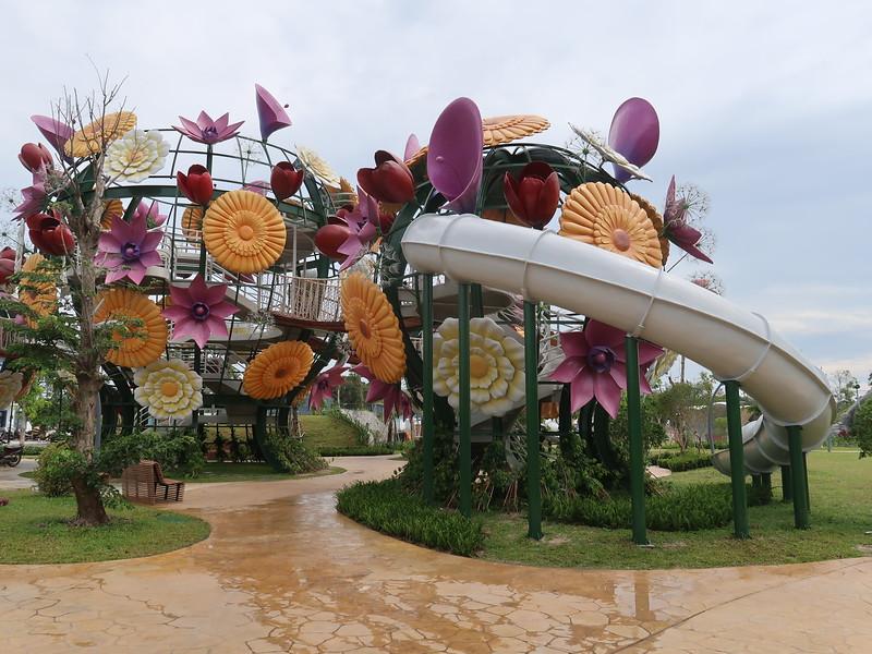 IMG_9511-grand-world-kids-playground.JPG